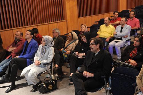 اردوان طاهری، شهرام ناظری، فاطمه دانشور، پژمان طاهری و عزیز محسنی در رونمایی کتاب یک نفس تازه